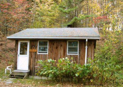 ss_retreats_cabin1